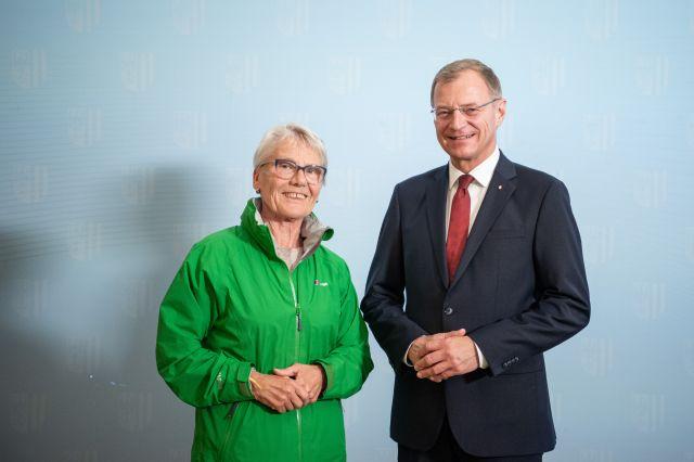 Annemarie Seiringer und LH Stelzer